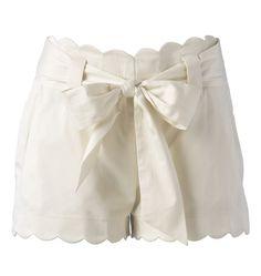 white scalloped shorts. Love.