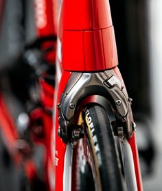Every element of Madone serves the ultimate goal of unprecedented integration to enhance performance, making Madone the fastest, most advanced option on the road.