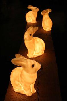 ES Traders: Bunny Lamps