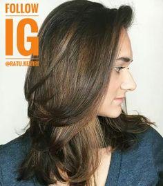 Rambut anda tipis dan mudah rontok? Simak tips cara mudah merawat rambut supaya tumbuh tebal dan indah berikut ini. #tipsperawatanrambut #merawatrambut #alami