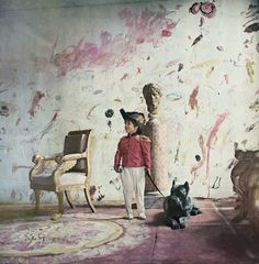 Cy Twombly, the American painter, arrived in Rome in the late Fifties. These images shot by Horst P. Horst for Vogue in 1968 of his apartment in a century Roman palazzo are wonderful. Robert Motherwell, Magnum Opus, Cy Twombly Paintings, Abstract Expressionism, Abstract Art, Richard Diebenkorn, Art Design, Interior Design, Art Plastique