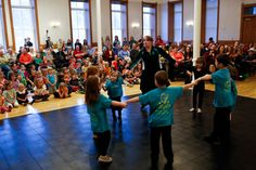 Irish dancers set the stage for holiday