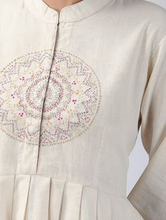 Awesome women dresses are readily available on our website. Check it out and you wont be sorry you did. Hand Embroidery Dress, Embroidered Clothes, Embroidery Fashion, Salwar Designs, Kurta Designs Women, Kurti Patterns, Dress Patterns, Dress Neck Designs, Blouse Designs