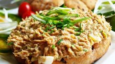 Pomazánka z pečeného masa | Vaření s Tomem No Salt Recipes, Diet Recipes, Cooking Recipes, Diet Meals, Czech Recipes, Ethnic Recipes, Fried Rice, Baked Potato, Ham