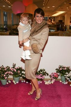 Melania Trump and her son Barron attend the Society of Memorial Sloan-Kettering Cancer Center's Annual Bunny Hop at FAO toy store March 2007 in New York City. Get premium, high resolution news photos at Getty Images Trump Melania, Melania Knauss Trump, Donald And Melania Trump, First Lady Melania Trump, Donald Trump, Us First Lady, First Ladies, Ivanka Trump, Milania Trump Style