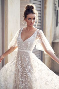 "Campbell 2019 Wedding Dresses — ""Wanderlust"" Bridal Collection anna campbell 2019 bridal half handkerchief sleeves v neck full embellishment romantic pretty soft a line wedding dress blackess open back sweep train zv -- Anna Campbell 2019 Wedding Dresses Vintage Bridesmaid Dresses, Western Wedding Dresses, Dress Wedding, Wedding Lace, Backless Wedding, Wedding Rustic, Wedding Ideas, Peacock Wedding, Beach Wedding Gowns"