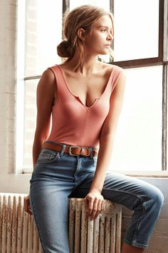 Josephine Skriver Urban Outfitters 2016                                                                                                                                                                                 Mehr