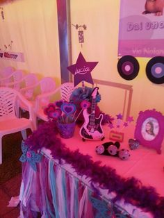 Keep calm and go violetta party