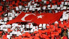 Gençlik Hizmetleri ve Spor İl Müdürü Fazlı Bayram Hadi, Spor Genel Müdürlüğü ile Futbol Federasyonu'nun 15 Ekim Salı günü Türkiye-Hollanda A Milli takım 2014 Dünya Kupası D Grubu Eleme maçının Adana'da yapılması konusunda olumlu görüş bildirdiğini söyledi.