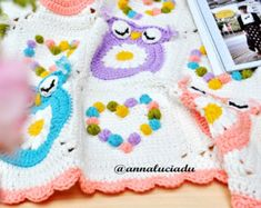 Free Owl Crochet Pattern Free Pattern For A Cute Crochet Hat And Scarf Set With Owl Motif. Free Owl Crochet Pattern Free Crochet Owl Pattern And January… Continue Reading → Crochet Owl Blanket Pattern, Owl Crochet Patterns, Crochet Owls, Crochet Daisy, Manta Crochet, Owl Patterns, Afghan Patterns, Cute Crochet, Baby Blanket Crochet