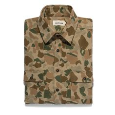 The perfect men's outdoor shirt that was a multi-year effort. Made out of thick, puppy-soft Portuguese chamois, the Yosemite in Camo is the softest flannel shirt on the market. Taylor Stitch, Outdoor Men, Raw Denim, Classic Man, Perfect Man, Flannel Shirt, Making Out, Camouflage, Puppies