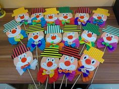This cute clown theme. This cute clown theme. You can use it too … – This cute clown theme. You can also use these items for the Kids Crafts, Clown Crafts, Carnival Crafts, Carnival Decorations, Preschool Crafts, Diy And Crafts, Arts And Crafts, Paper Crafts, Decoration Cirque