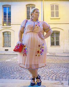 "7,636 Likes, 250 Comments - Glitter (@glitterandlazers) on Instagram: ""Goodnight, Paris. #paris #traveling #asseenonme #asoscurve #ootn #plussizefashion #floral #curvy…"""