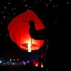Happy CHAP GOH MEH! <3 www.amdaebak.ro <3 💞💞💞 Astăzi se sărbătoreşte CHAP GOH MEH, ce semnifică ultima zi din cele 15 zile după Noul An Chinezesc şi de asemenea semnifică varianta asiatică a Zilei Îndrăgostiţilor. Această zi este cunoscută şi pentru Festivalul Lanternelor! Este momentul în care se pot face ritualuri pentru succes, prosperitate şi dragoste. Lillian Too spune că este foarte benefic să amplasăm în casă reprezentări cu Dragonul şi Phoenix în formă de cifra 8. Este cu atât…