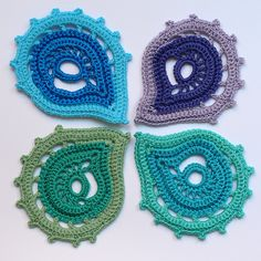 Paisley motifs...great for scrumbling a freeform creation. Crochet chart for this motif is found in Duplet magazine 99.