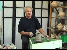Chester Nealie Potter Ceramic Techniques, Pottery Techniques, Raku Pottery, Pottery Art, Art And Craft Videos, Arts And Crafts, Throwing Clay, Clay Videos, Pottery Videos
