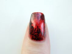 The thumb from my Hydra nails inspired by the Hydra pin in the Villains 2 Loot Crate.