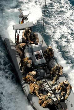 Military Gear, Military Police, Military Weapons, Luftwaffe, Battle Boats, Warship Battle, Ghost Soldiers, Tribute, Navy Marine