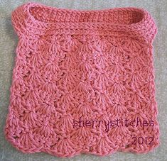 I just posted one of my crochet baby bib patterns on Ravelry . It is the Seashells Pullover Bib pattern I designed early last year. Crochet Baby Bibs, Crochet Towel, Crochet Fabric, Crochet Baby Clothes, Crochet For Kids, Crochet Crafts, Baby Knitting, Crochet Projects, Knit Crochet