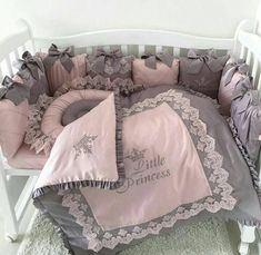 Lovely girl bedding Crib for princess Pink and gray crib bedding for queen Cot Bedding Sets, Baby Girl Crib Bedding, Baby Boy Cribs, Crib Sets, Baby Girl Blankets, Comforters, Baby Boy Carseat Covers, Bed Cover Design, Grey Crib