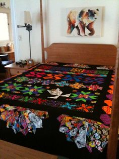 Day of the Dead quilt, love the bold colors