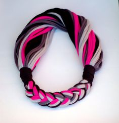 Soft scarf HYBRIO 2in1 edition with thick braided part of it. Length of the scarf approx. 70-75 cm. Every piece is unique, cant make the same just similar.  All t-shirts are laundered before starting anew.  Item can be handwashed and laid flat to dry.  Custom orders are welcome.  PayPal is available.  Shipping to europian country - with tracking number - is 7EUR (2120HUF).  Shipping to other country is - with tracking number - is 8EUR (2300HUF).  Please visit my facebook page…