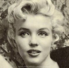 """Marilyn Monroe American actress, model, and singer. Famous for playing comedic """"blonde bombshell"""" characters, she became one of the most popular sex symbols of the and early Julie London, Fotos Marilyn Monroe, Bert Stern, Howard Hughes, Cecil Beaton, Album Photo, Norma Jeane, Audrey Hepburn, Ikon"""