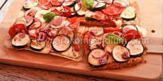 Mediterraner Zucchini-Tomaten-Blechkuchen Low Carb