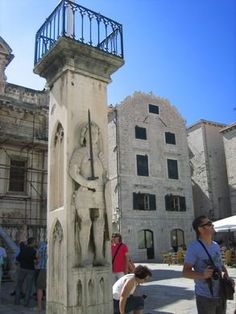 Orlando's Column in Dubrovnik | Atlas Obscura