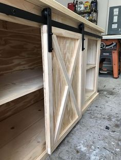 Diy sliding door media center console in 2019 barn doors кух Diy Sliding Door, Diy Barn Door, Diy Door, Diy Furniture Plans, Furniture Projects, Wood Projects, Farmhouse Furniture, Rustic Furniture, Antique Furniture