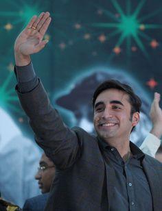 Bilawal Bhutto Zardari as brave as his grandfather; Zulfikar Ali Bhutto, Bilawal Bhutto Zardari, R Man, Brave, Sons, Politics, Pdf, Hero, Reading