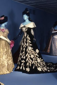 Opulent Era: Fashions of Worth, Doucet and Pingat