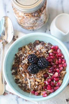 Start the morning off right with this recipe for homemade Organic Cacao, Coconut and Quinoa Granola!
