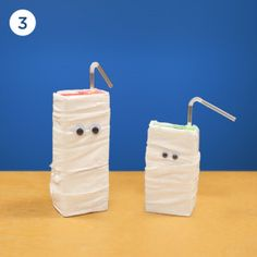 This is such a cute and easy #Halloween #Craft idea from Juicey Juice.