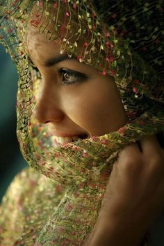 Top 20 Most Beautiful Eyes In The World in 2020 Beautiful Arab Women, Most Beautiful Eyes, Beautiful People, Hello Beautiful, San Gil, Exotic Beauties, We Are The World, Belleza Natural, Perfect Skin