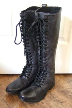 SCHUH Black leather knee high lace up low heel boots. UK 6.5. Excellent cond!