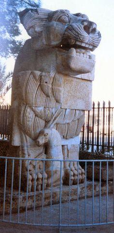 http://www.migladin.com/migtravel/Palmyra_1994_0416