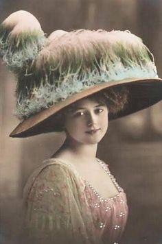 What a wild #Victorian hat!