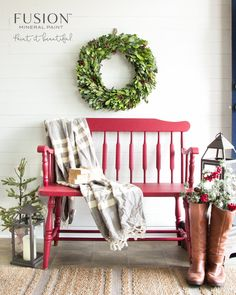 A quick and simple bench makeover using Cranberry Fusion Mineral Paint in one easy step for a festive farmhouse style Christmas entryway. Christmas Entryway, Cozy Christmas, Rustic Christmas, Christmas Ideas, Christmas 2016, Outdoor Christmas, Holiday Ideas, Christmas Vignette, Christmas Thoughts