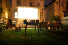 Pin for Later: 26 DIYs to Do During the Dog Days of Summer Outdoor Movie Projector Be the envy of your neighborhood, and follow these steps for setting up an outdoor movie experience in your own backyard.