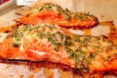 Retete Culinare - Somon in crusta de parmezan la cuptor