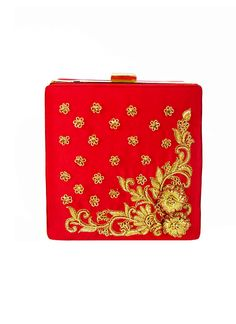 A vibrantly coloured clutch bag that oozes feminine charm. Easy to pair with day or evening looks alike.