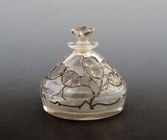 René Lalique ルネ・ラリック Flacons 香水瓶 「ルリアナ」 1912年 全体