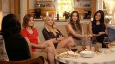 SO good! Pretty Little Liars' 5 Years Forward Reveals Literally Everything About Each Girl and Couple After the Time-Jump | E! Online