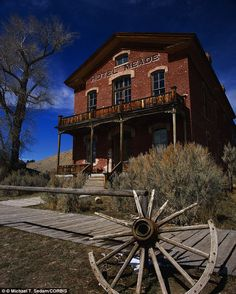 Bannack, Montana: Meade Hotel in Ghost Town - which is said to still keep the ghostly souls of its pioneering patrons haunting the building
