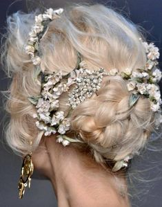 Wedding Gifts For Groom, Wedding Day, Burgendy Hair, Medieval Hairstyles, My Darling, Flower Crown, Ponytail, Your Hair, Handsome
