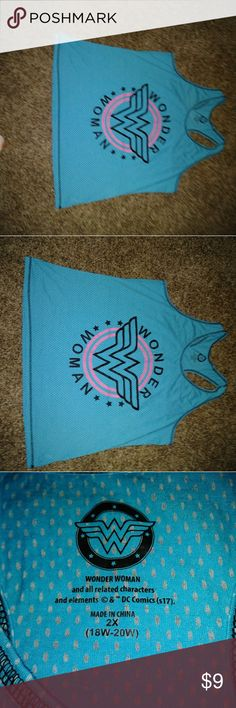 Wonder women tank top 2x sz 18 Blue exercise tank 18w 2x wonder woman Tops Tank Tops