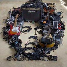 Jimi Hendrix - music equipment