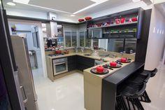 Veja esta cozinha de perto na Espaço Thá Londrina (Rod. Mábio Gonçalves Palhano, 200 - Gleba Palhano). #decor