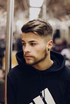 26 meilleures images du tableau coiffure homme mi long en